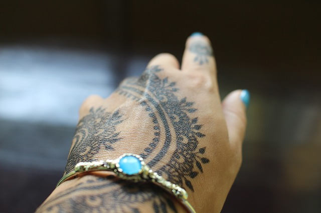 henna-1581329_640